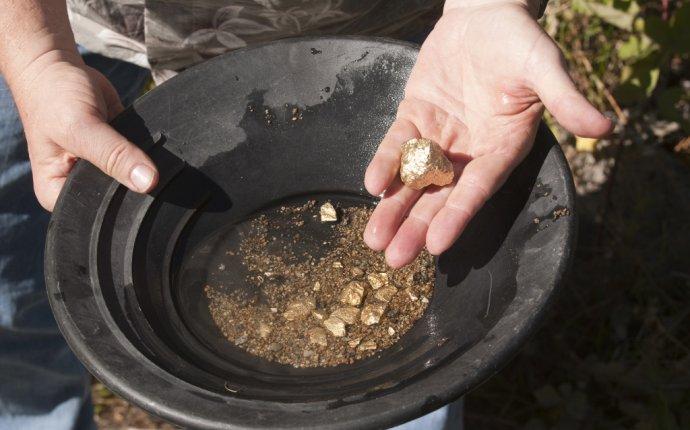 Где добывают золото в России: карта, где можно найти металл, как
