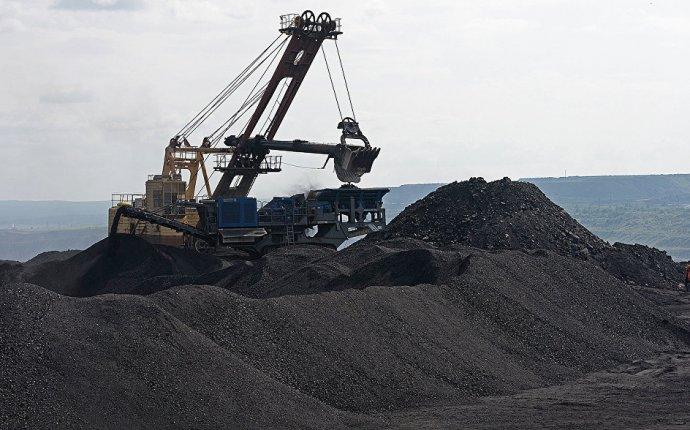 Российские ученые научились добывать золото из угля - РИА Новости
