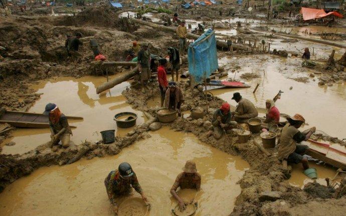 золота в Индонезии (9 фото)